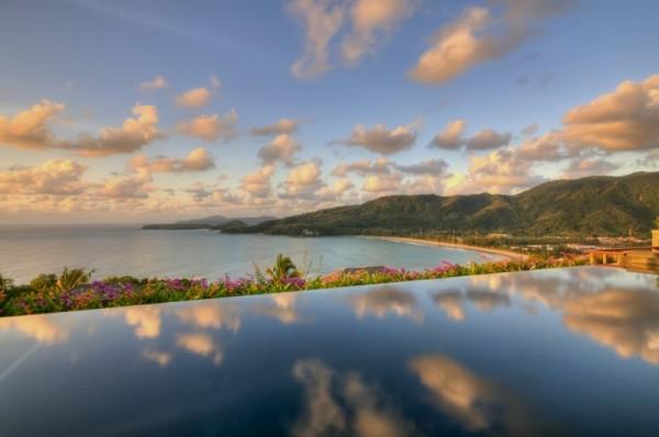 Thai Luxury Seaside Villa – pool view