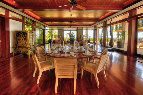 Thai Luxury Seaside Villa – wooden dining room