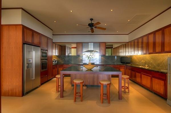 Thai Luxury Seaside Villa – wooden furniture – kitchen