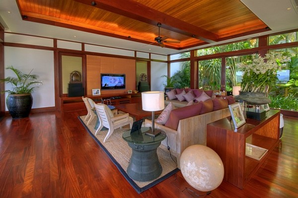 Thai Luxury Seaside Villa – wooden living room