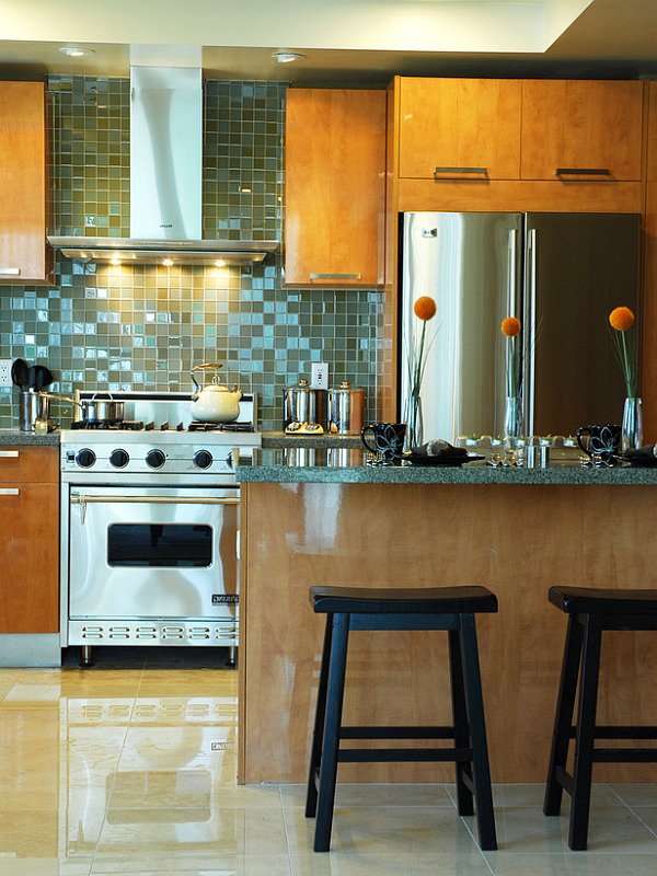 contemporary kitchen with backsplash tiles
