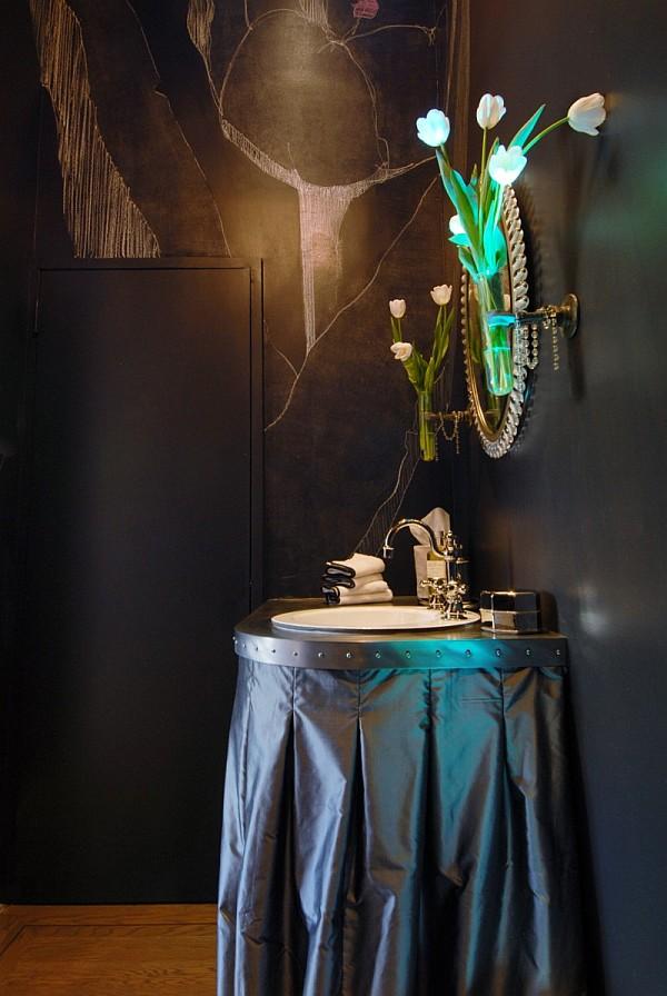 designer-powder-room-decor