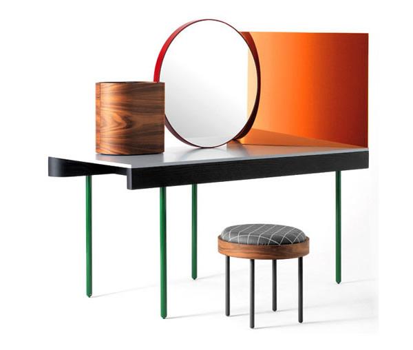 fancy Chandlo Dressing Table