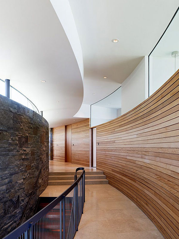 home-perched-on-a-cliff-with-ocean-views-10-staircase-hallway-design