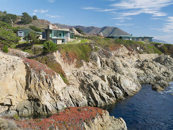 home perched on a cliff with ocean views 2 - landscape view