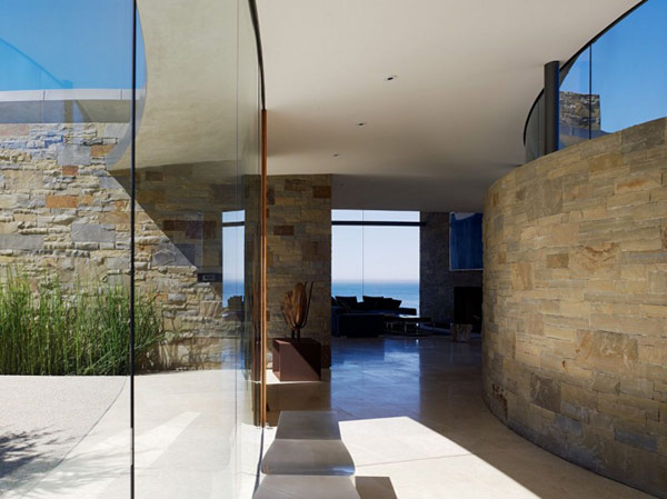 home perched on a cliff with ocean views 4 - entrance hallway