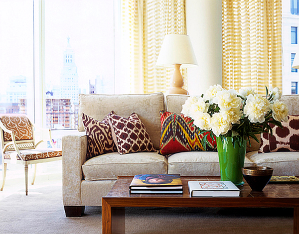 How Many Throw Pillows On A Sectional Couch : The Art Of Pillow Placement