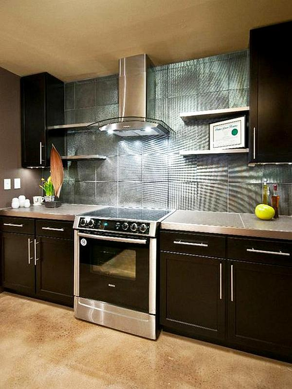 Metalic kitchen backsplash design ideas decoist for Kitchen ideas backsplash