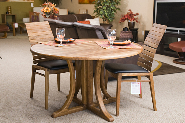 teak furniture table and chairs Teak Furniture for a Retro Chic Look