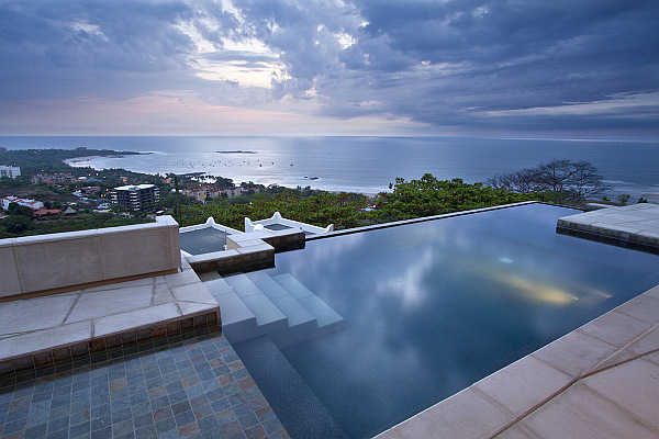 villa paraiso cliff pool views