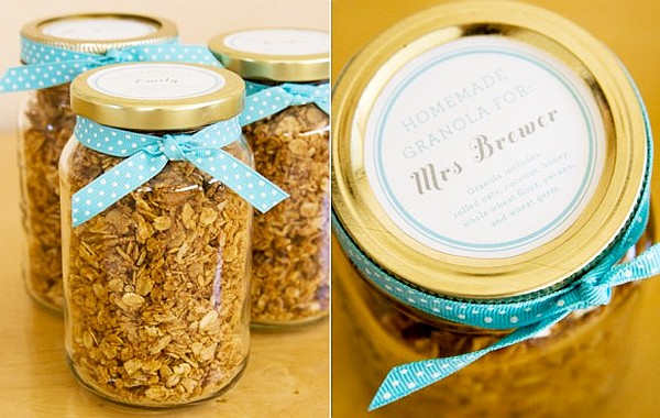 wedding ideas - diy favors granola recipe in mason jar
