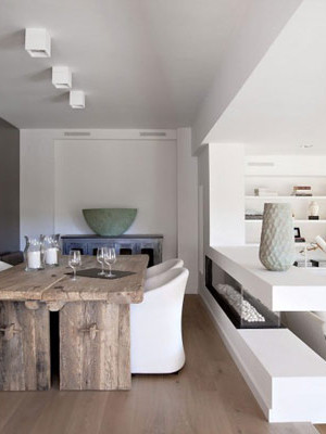 white contemporary home in spain 1