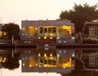 Seadrift Residence in North California Reveals Spectacular Eco-Friendly Architecture