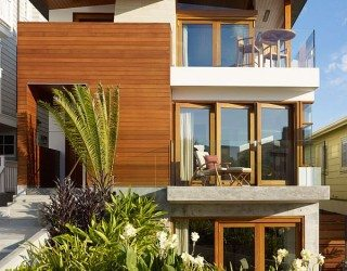 Beach House in California Draws Inspiration From South East Asia