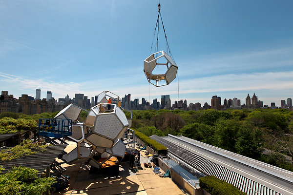 Cloud City Metropolitan Museum of Art 1 Cloud City: The Mets Roof Gets Geodesic Space Pods
