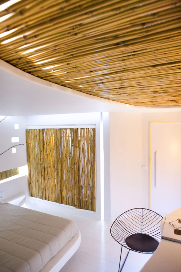 Decorating With White Cocoon Suite At Hotel Andronikos