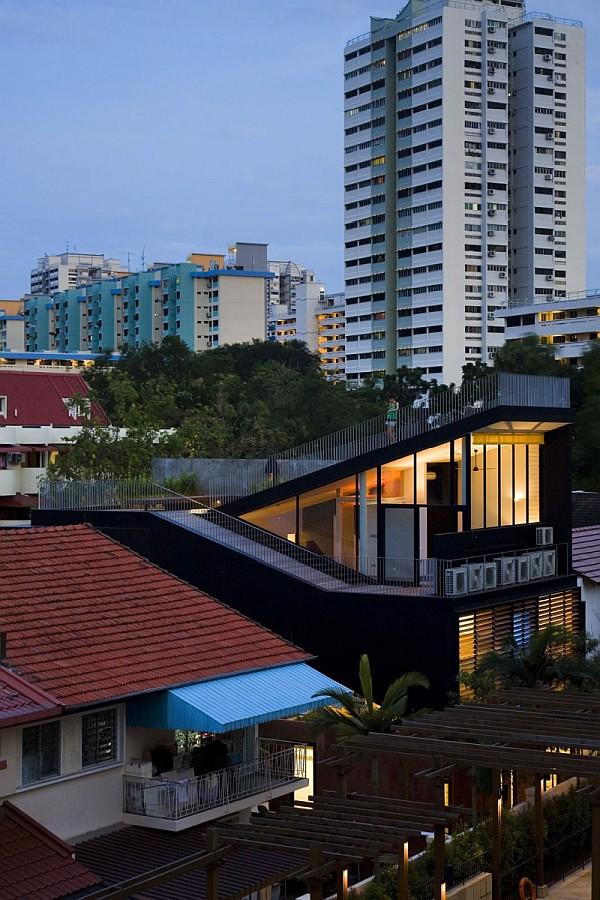 Maximum Garden House by Formwerkz Architects 13