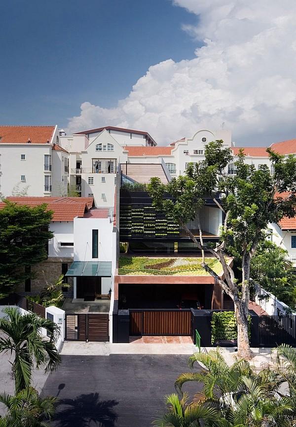 Maximum Garden House by Formwerkz Architects 14
