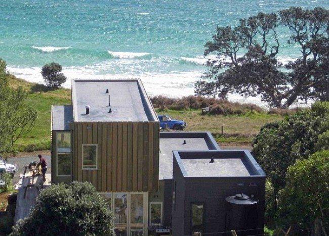 Otama Beach House Amalgamates NYC Charm With New Zealand's Coastal Serenity