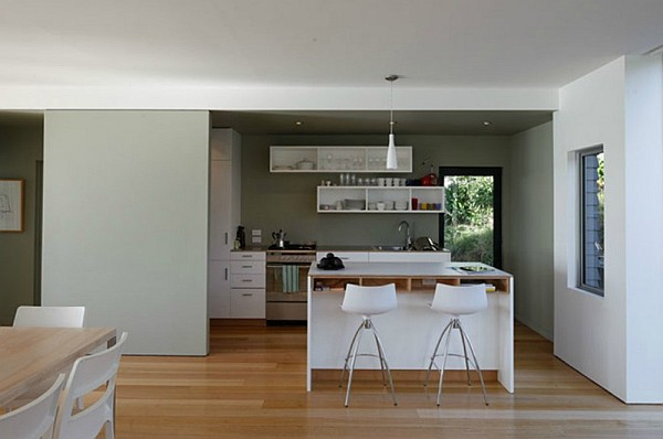 Otama Beach House Amalgamates Nyc Charm New Zealand Coastal Serenity
