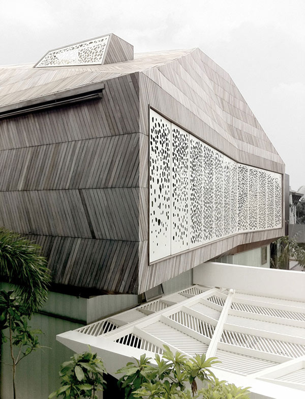 Stereoscopic-House-Singapore-5-wooden-exterior