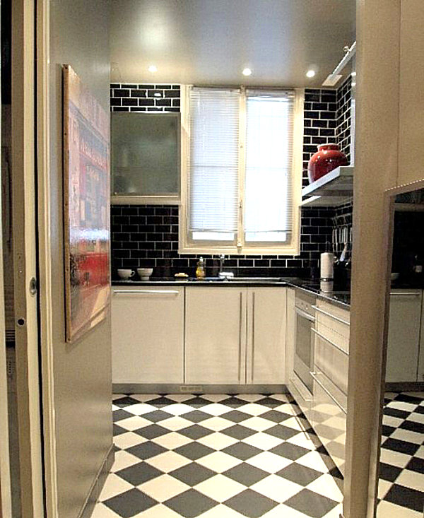 Black And White Kitchen Floor: Black And White Bistro Kitchen Tile