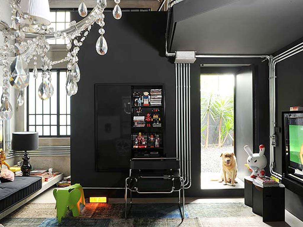 21 black wall living room ideas ultimate home ideas for Black wall room ideas