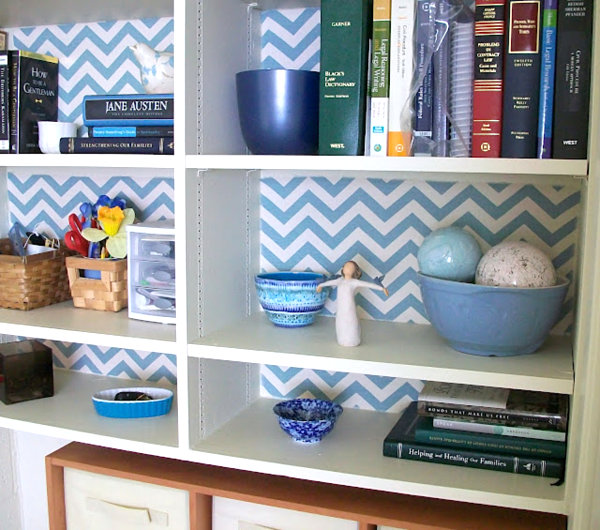 bookshelf-with-wallpaper-interior