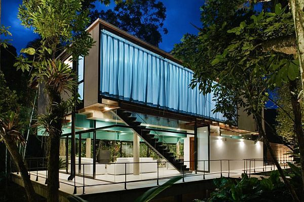 Modern Summer House in Iporanga, Brazil