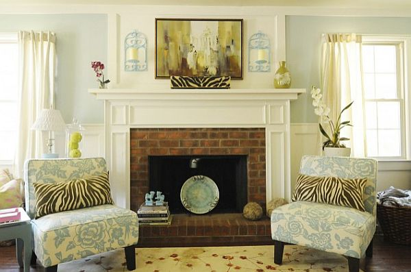 Bright Traditional Living Room With Decorated Mantle