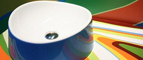 colorful-bathroom-modern-countertop