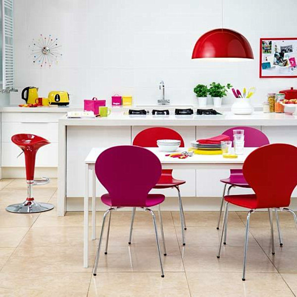 Rainbow designs 20 colorful home decor ideas for Modern kitchen decor accessories