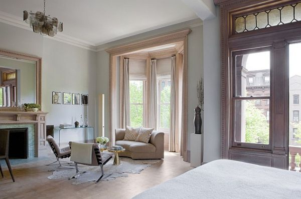 Astounding How To Utilize The Bay Window Space Largest Home Design Picture Inspirations Pitcheantrous