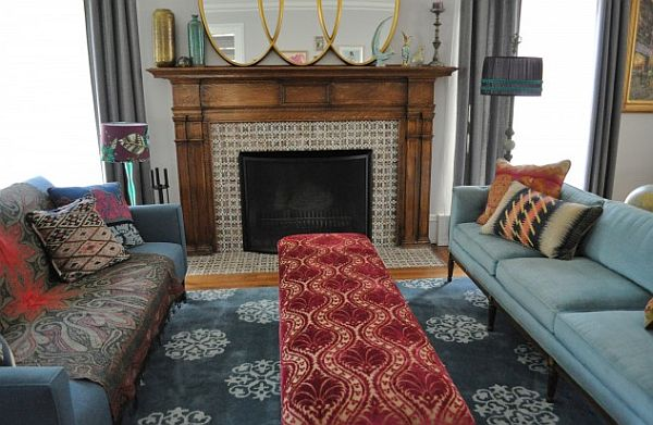eclectic living room with mirror decorated mantle – chicago