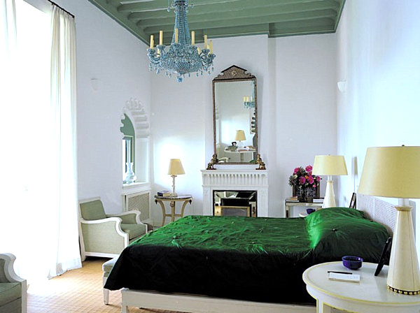 Dazzling jewel toned decor for Emerald green bedroom ideas