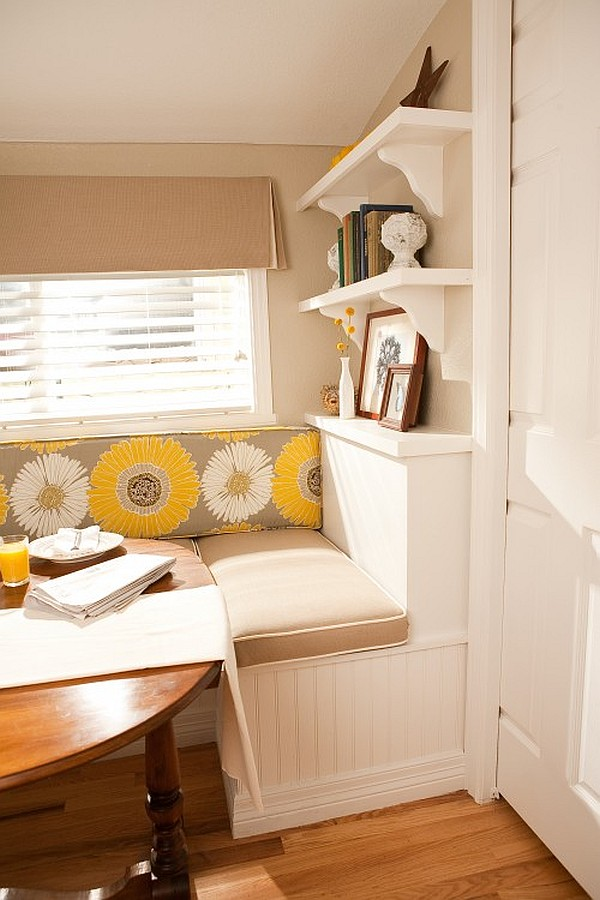 lofty dining area with breakfast nook – denver