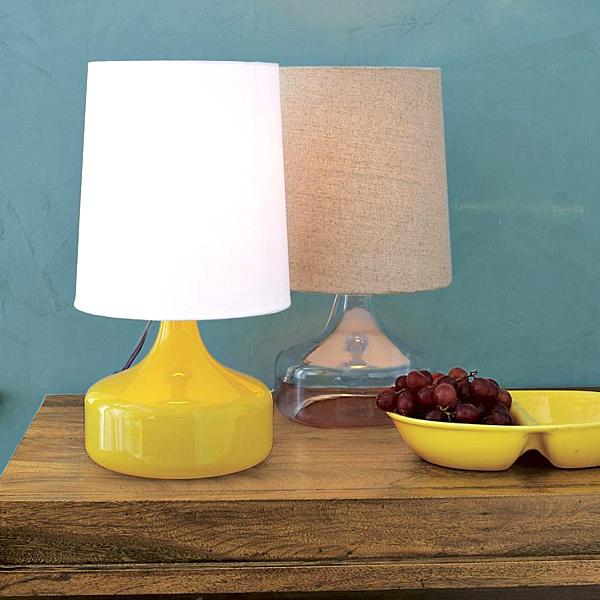 modern-glass-table-lamp