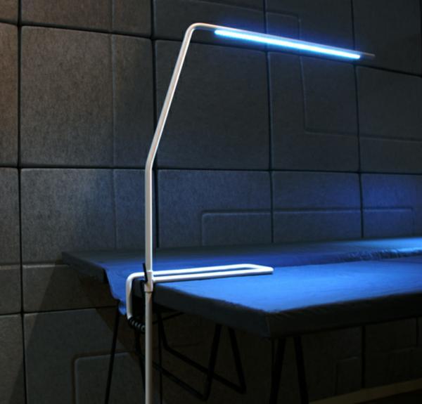 modern-task-lamp