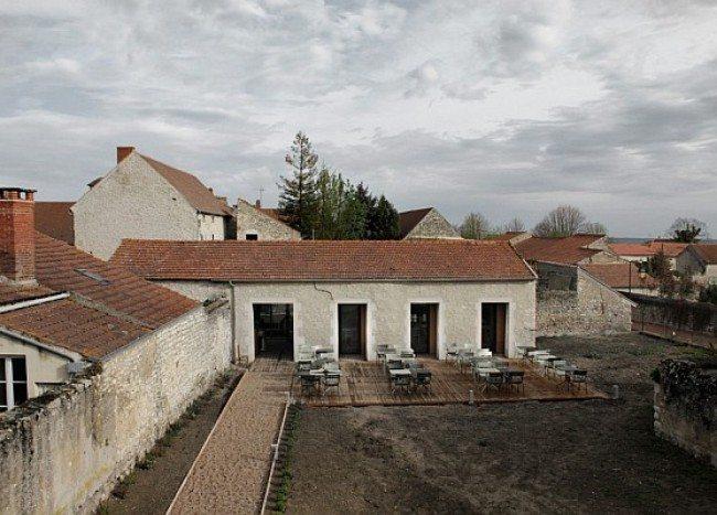 Old Barn Renovation: Transforming Into Simple, Trendy Restaurant