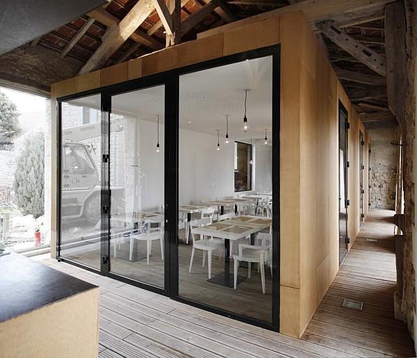 old barn transformation renovation – restaurant charroux, france 4