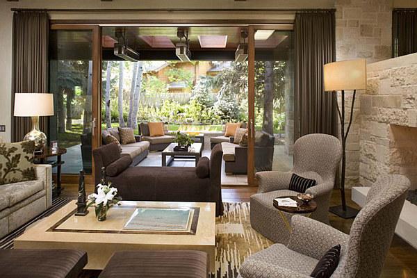 ranch-house-living-room-looking-elegant