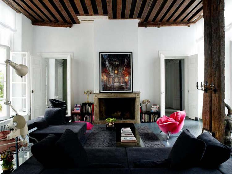 Parisian apartment mixes german minimalism with french for Designer apartment paris
