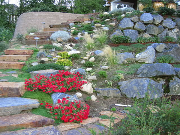 Building ideas small yard landscaping ideas on a hillside for Hillside rock garden designs