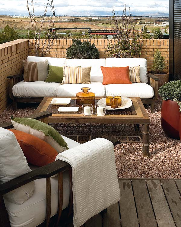 Stylish balcony decor ideas for Apartment design with terrace