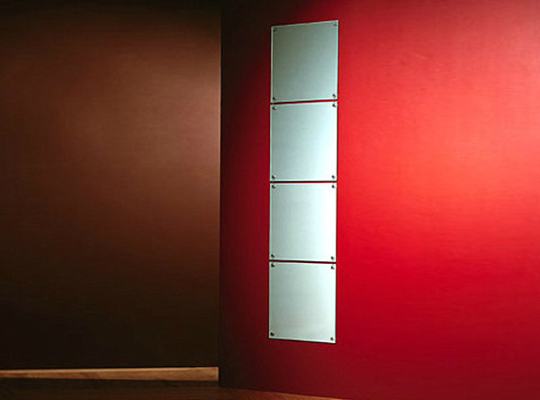 square-hanging-wall-mirrors-600x444