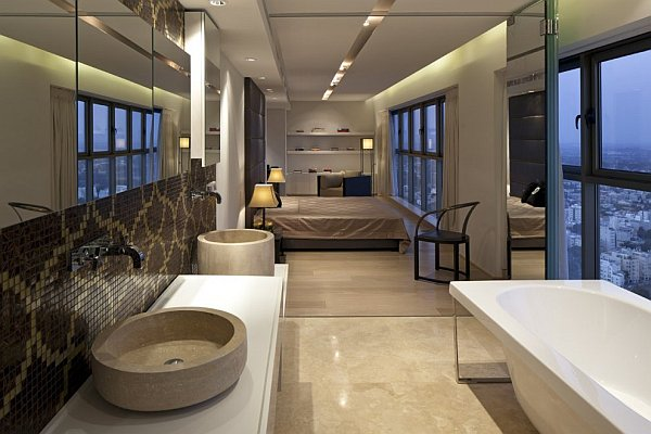 Netanya penthouse in israel has amazing panoramic for Modern master ensuites