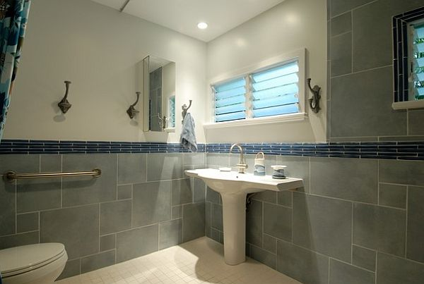 tropical sea inspired bathroom with pedestal sink