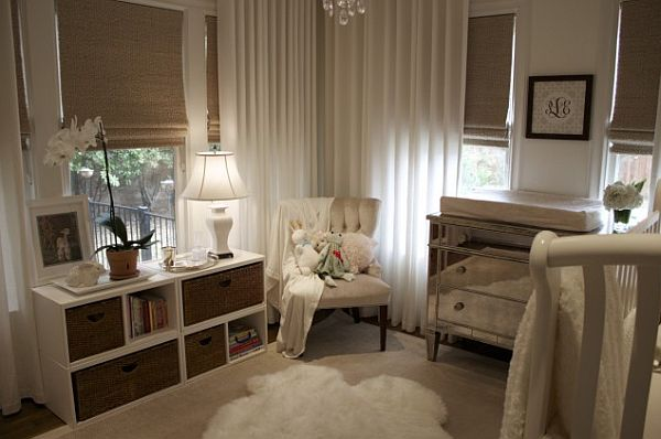 white-and-grey-bedroom-with-sunblocking-roman-shades