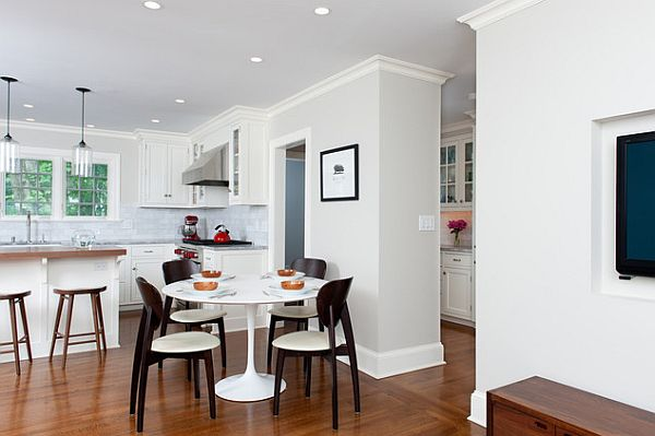 Eat in kitchen with white round dining table How to Get the Perfect Eat In Kitchen