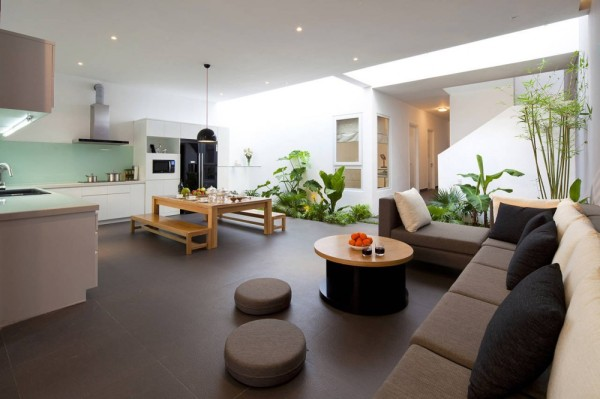 Go Vap Modern House contemporary living room 600x399 Contemporary Vietnamese Home in Ho Chi Minh City Charms with Fancy Indoor Garden